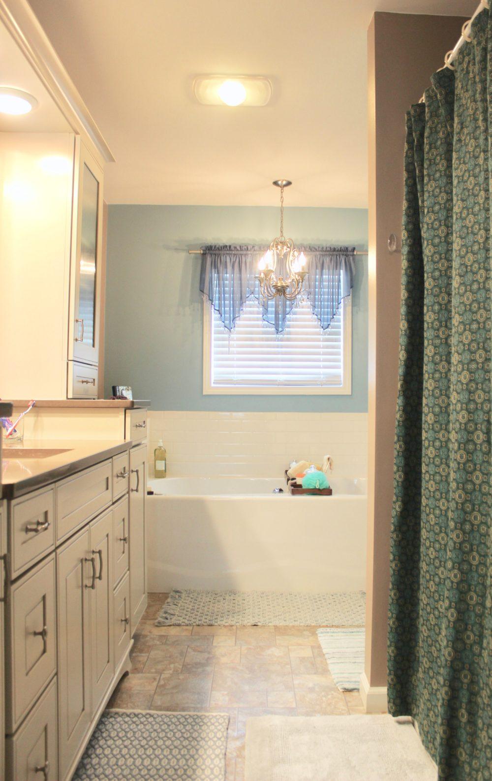 interior - bathroom 3